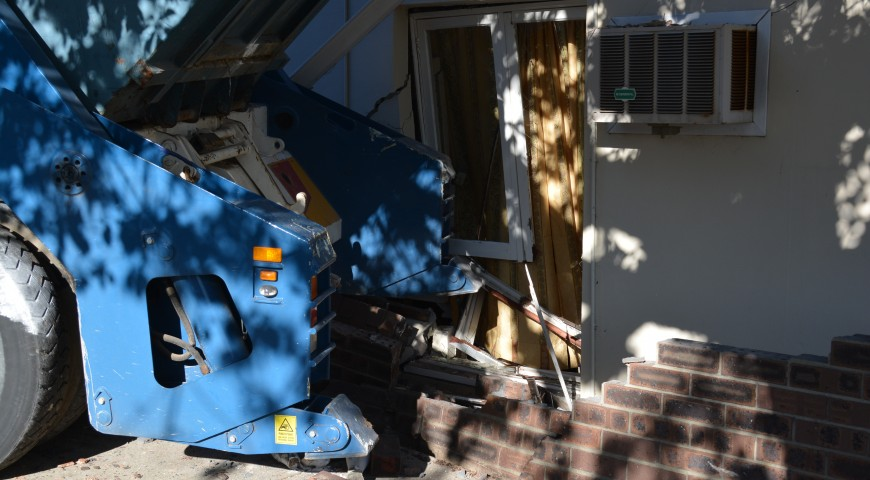 Truck smashes into Mt Lawley House